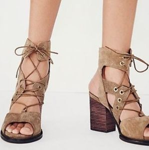 Free People | Brown Suede Leather Shoes 38 size 7